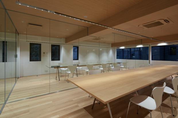 Tokyo OFFICE 01